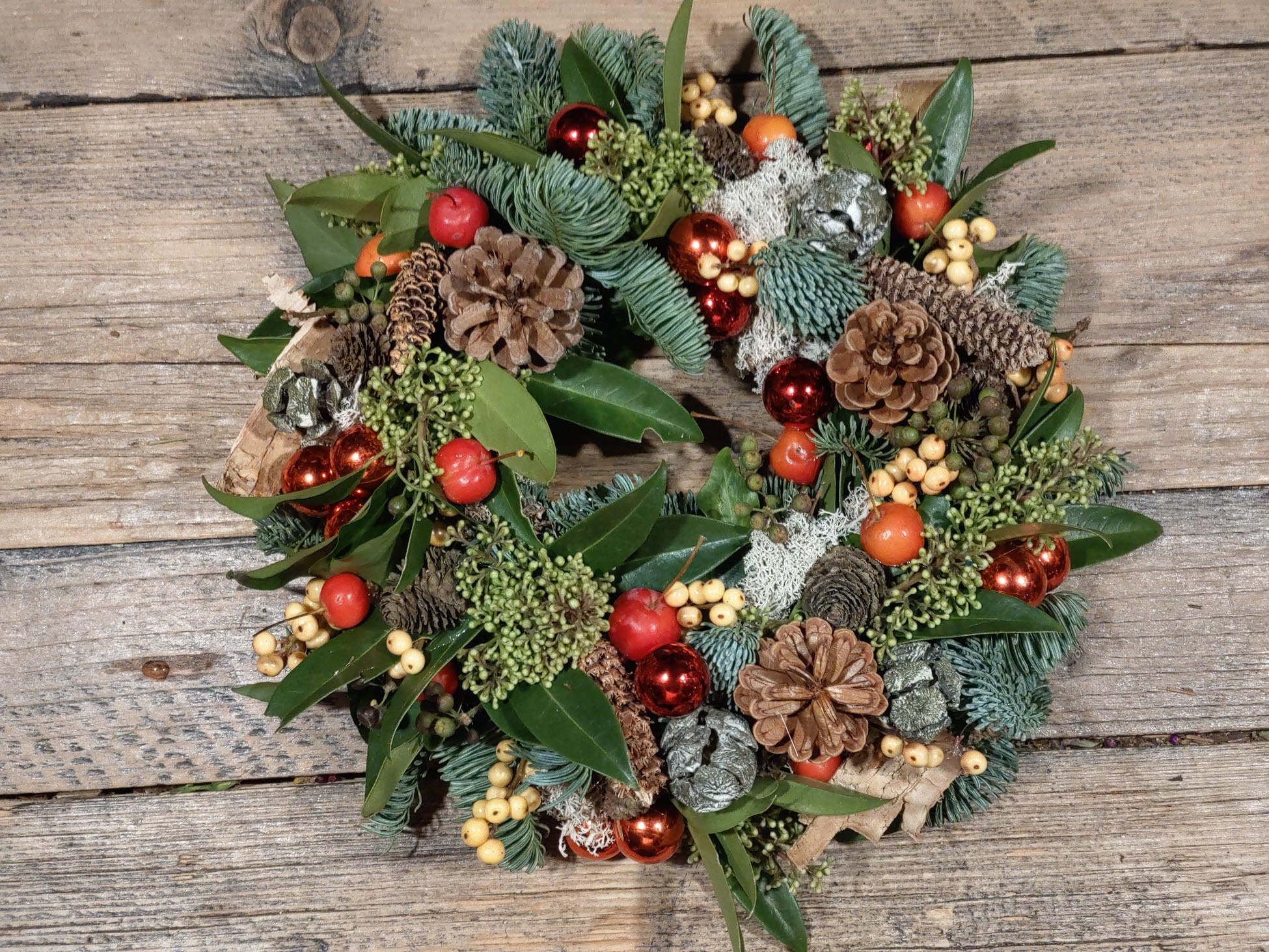 Bloemsierkunst Groeneveld kerst kerstkrans kerststukken