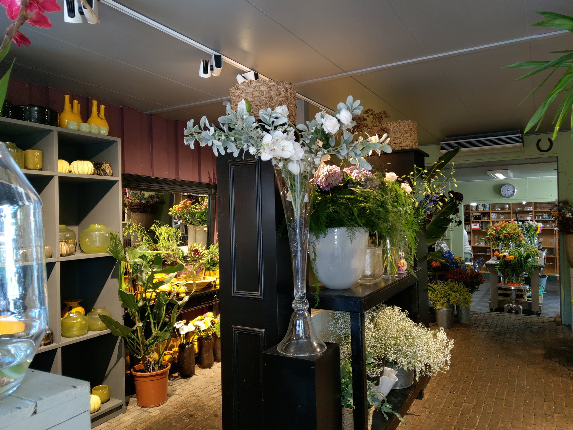 Bloemsierkunst Groeneveld aanpassing bloemenwinkel